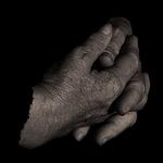 *mãos*
