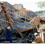 E Assim Se Constrói Um Barco...