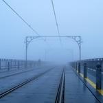 Nevoeiro na ponte D_ Luís I