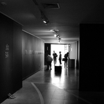 Nos corredores da arte.