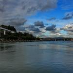 O Rio, A Ponte, As Nuvens