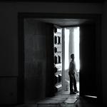 Porta aberta na Mosteiro___