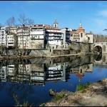 reflexos no rio