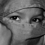 Um olhar ___