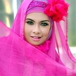 pinky woman