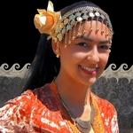 Dançarina do grupo Al-Nawar