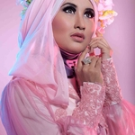 Beauty of hijab with riris