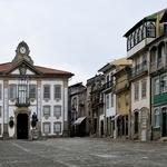Sacadas de Chaves-Praça Camões