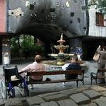 Hundertwasserhaus Viena - Junto à fonte