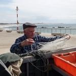 Preparando as redes para a pesca