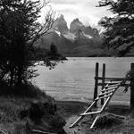 Torres del Paine em preto e branco