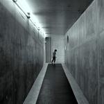 A saída___