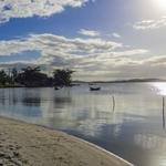 E o sol brilha na Laguna.
