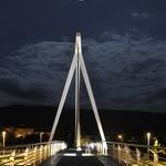 A Ponte e a Lua