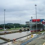 PANAMÁ......O canal e o navio!!!!!!!
