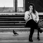 A rapariga e a pomba