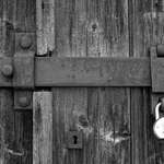 Trancas à porta