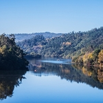 Reflexos no rio Tâmega