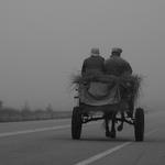 Vai  pela estrada fora____________