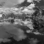 Nuvens reflectidas