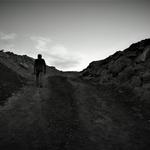 O longo caminho de um homem solitário .