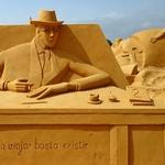 Esculturas na areia...