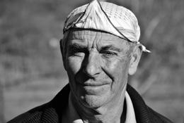 O homem do lenço