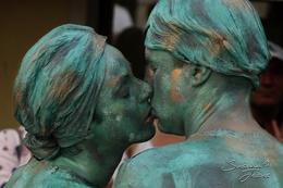 Estatuas vivas - Beijo